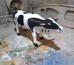 Tượng bò sữa
