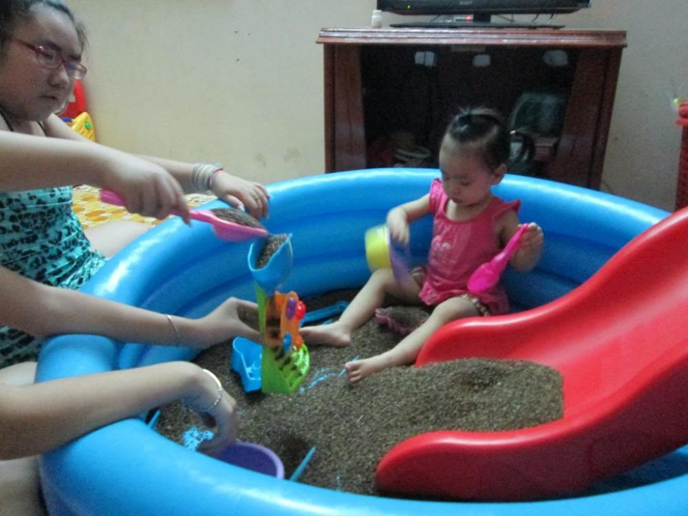 Bể hơi tròn chơi xúc cát