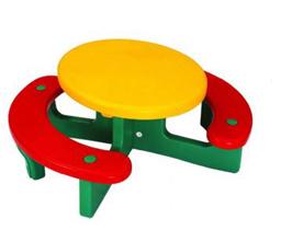 Bàn nhựa hình tròn liền ghế