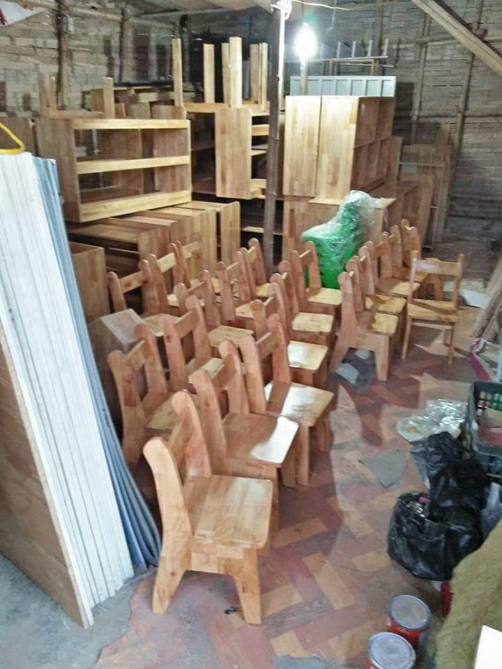 Ghễ gỗ thông ghép mầm non