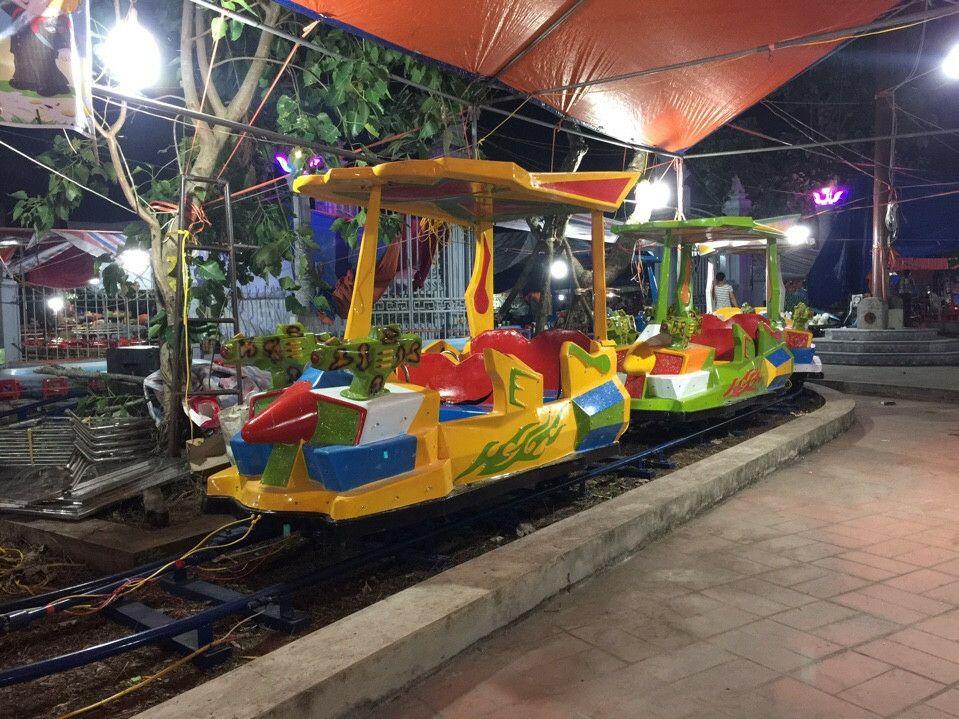 Tàu điện trẻ em mẫu mới