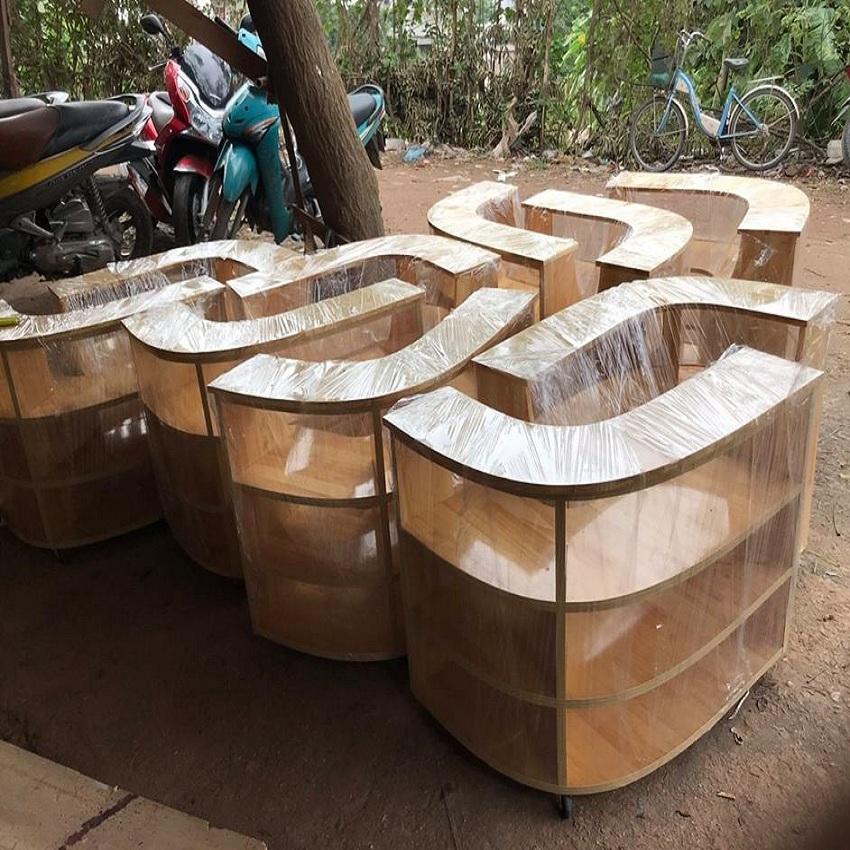Kệ bán hàng gỗ mộc